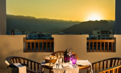 Sifawy Hotel Apartment -Balcony 2_-L